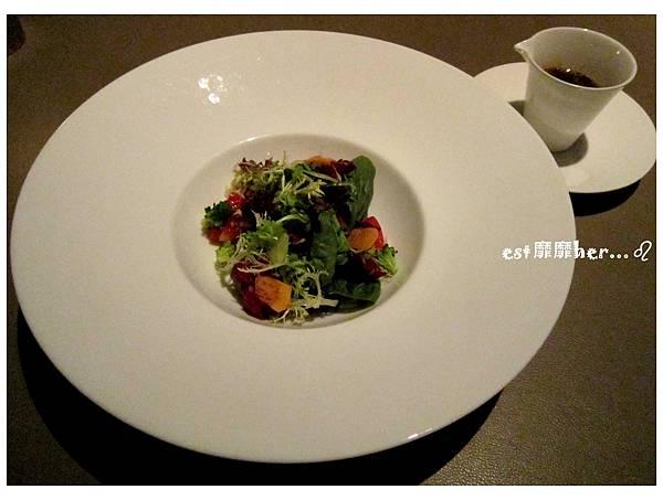 有機生菜沙拉.jpg