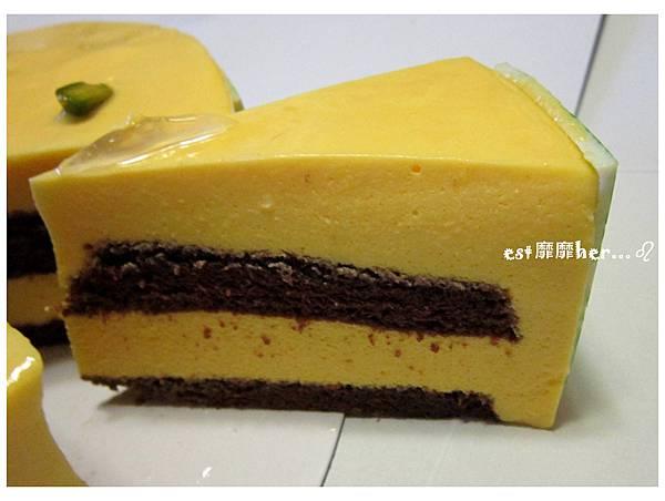 芒果慕斯蛋糕2.jpg
