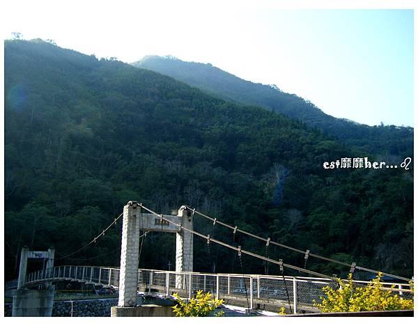 清泉吊橋2.jpg
