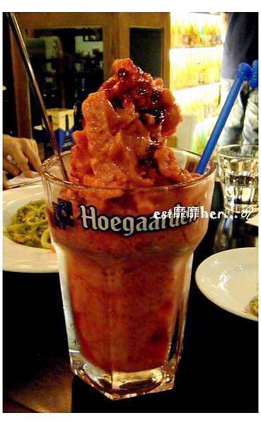 草莓啤酒冰沙.jpg