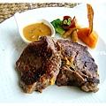 紐西蘭沙朗牛排.jpg