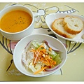 麵包沙拉與濃湯.jpg