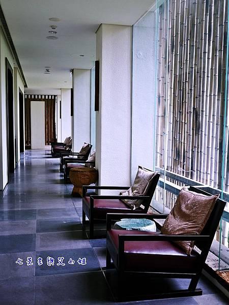 19 二樓用餐空間