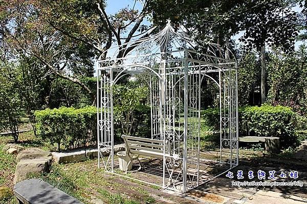 16 庭園