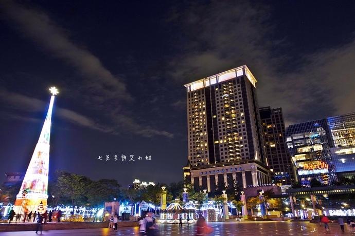 2 2014新北歡樂耶誕城.JPG