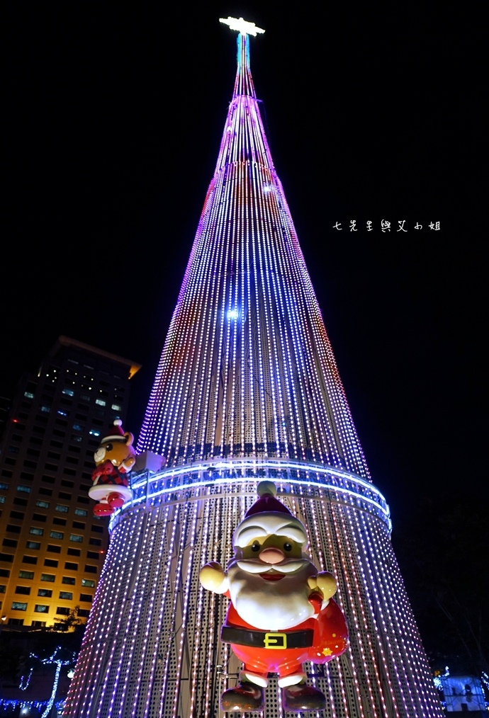 7 2014新北歡樂耶誕城.JPG