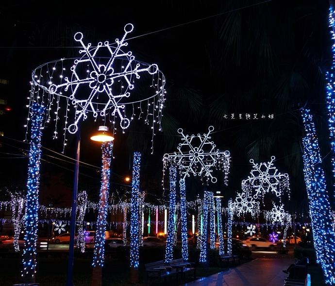 12 2014新北歡樂耶誕城.JPG