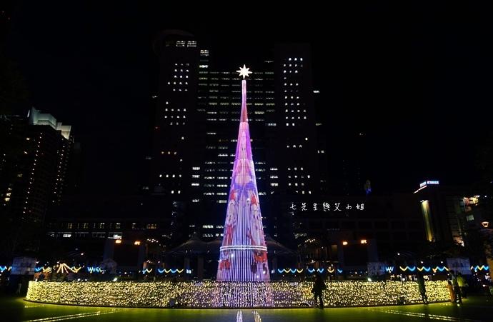 16 2014新北歡樂耶誕城.JPG