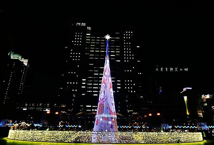 17 2014新北歡樂耶誕城.JPG