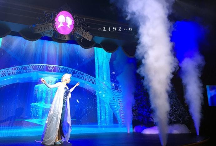 30 迪士尼冰雪小鎮、2015香港FUN享夏日禮、迪士尼美國大街小鎮下午茶、達菲熊雪莉玫見面會、雨天版遊行、迪士尼紀念品血拼.jpg