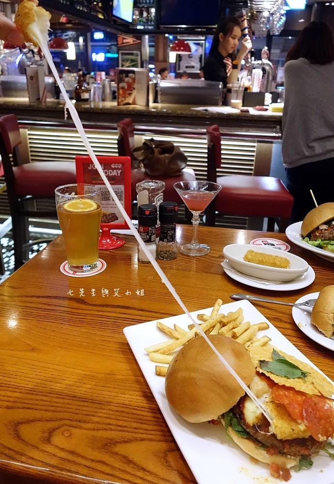 20 TGI Friday's 道地美式漢堡平日天天有優惠.JPG