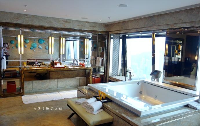 42 【香港自由行】香港麗思卡爾頓酒店 The Ritz-Carlton Hong Kong 香港星級酒店極致饗宴-住房環境分享