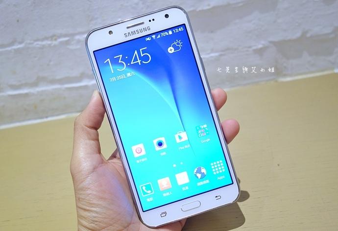 2 Samsung Galaxy J7 大光圈 前閃燈 快啟相機.JPG