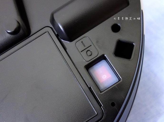 10 Samsung POWERbot 掃地機器人.JPG