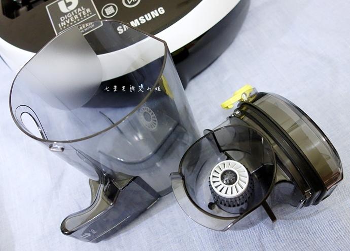 18 Samsung POWERbot 掃地機器人.JPG
