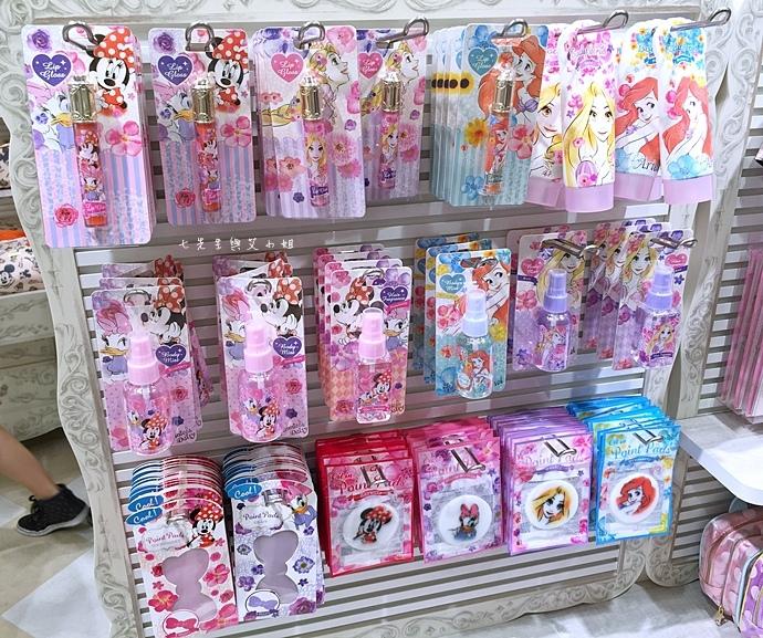 12 迪士尼專賣店 Disney Store 女性專賣店 大阪梅田 LUCUA.JPG