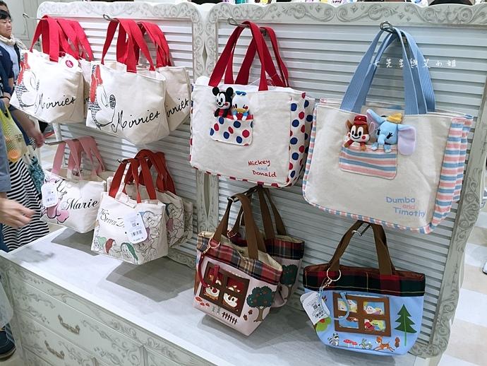 29 迪士尼專賣店 Disney Store 女性專賣店 大阪梅田 LUCUA.JPG