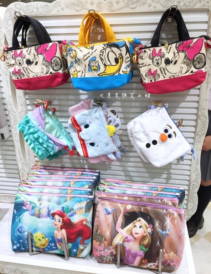 32 迪士尼專賣店 Disney Store 女性專賣店 大阪梅田 LUCUA.JPG