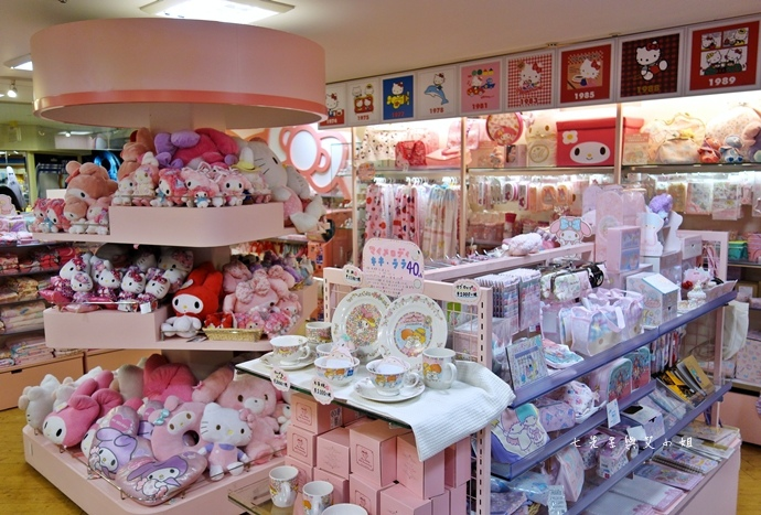 37 大阪 梅田 阪急三番街 kiddy Land.JPG