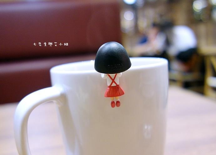 9 日本小丸子杯緣子.JPG