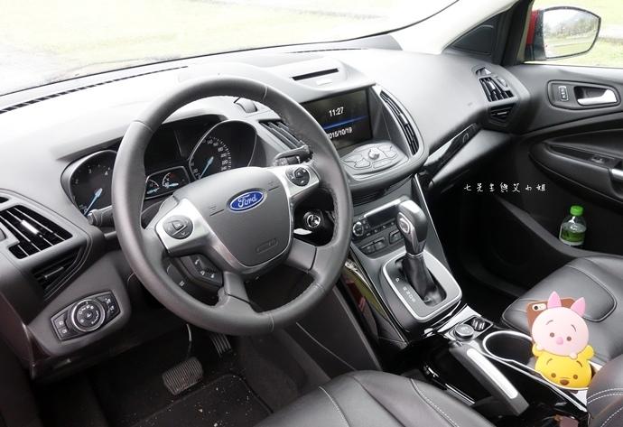 35 Ford Kuga 2.0 時尚經典.JPG