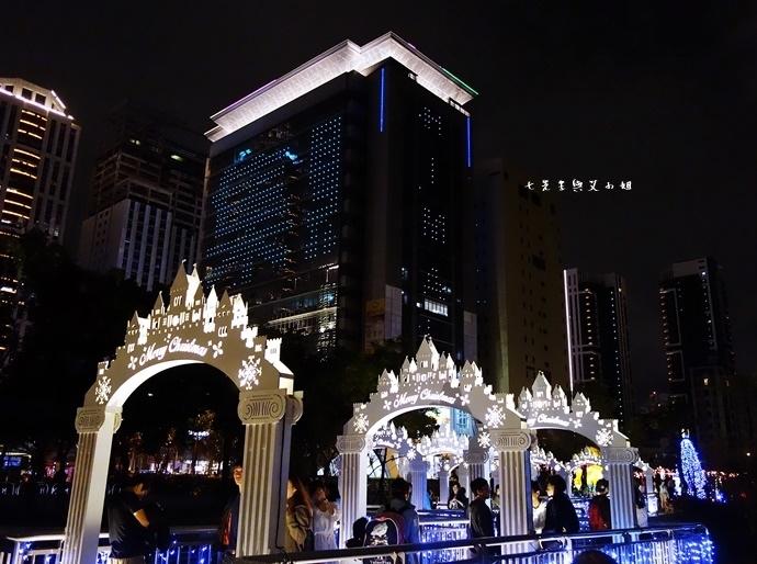 18 2015 新北歡樂耶誕城.JPG