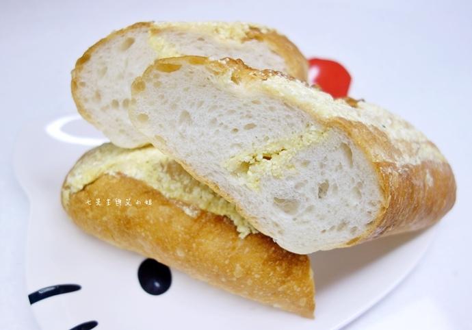 10 麵包劇場 Alter Ego 1892 帕瑪森舒芙蕾起司蛋糕 牛軋糖 明太子法國麵包 蒜味法國麵包.jpg