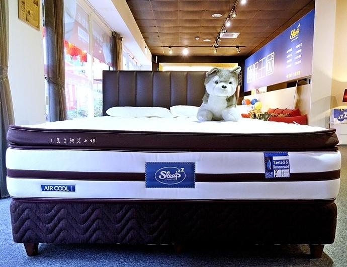 38 睡眠王國 Sleep Country 美國席夢思名床2萬有找 貨櫃抵台首賣會.JPG