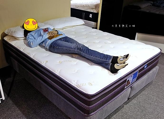 55 睡眠王國 Sleep Country 美國席夢思名床2萬有找 貨櫃抵台首賣會.JPG