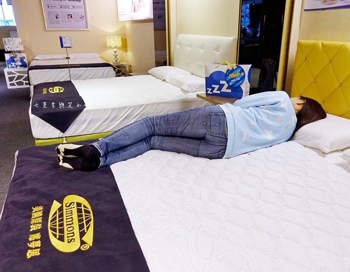 15 睡眠王國 Sleep Country 美國席夢思名床2萬有找 貨櫃抵台首賣會.JPG
