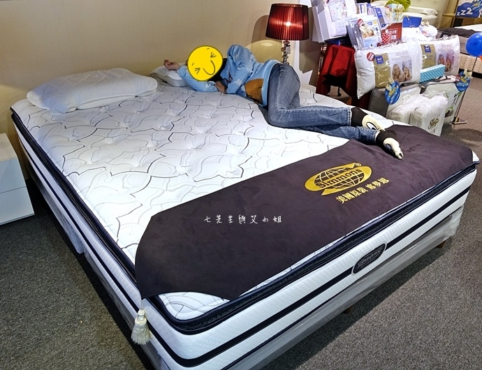 20 睡眠王國 Sleep Country 美國席夢思名床2萬有找 貨櫃抵台首賣會.JPG