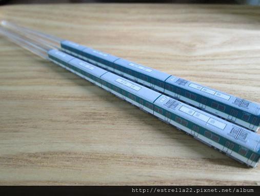 新幹線筷子3.JPG
