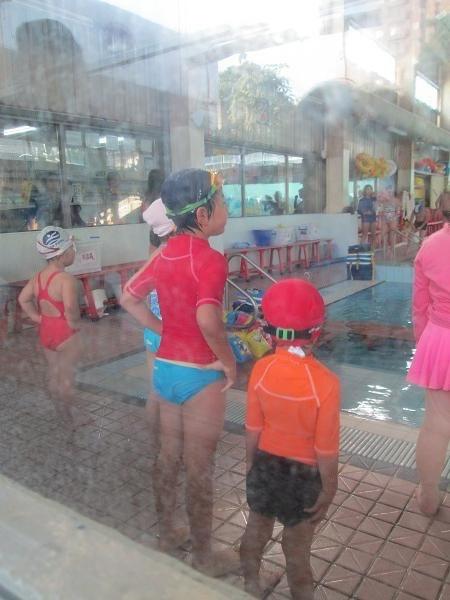 2013.1127@小乖第一次上游泳課3