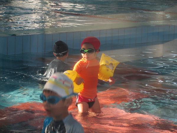 2013.1127@小乖第一次上游泳課4