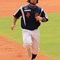 9-外野手潘志堂-1.JPG