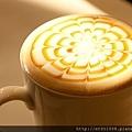 【Rice Caff'e 米咖啡】熱焦糖瑪其朵