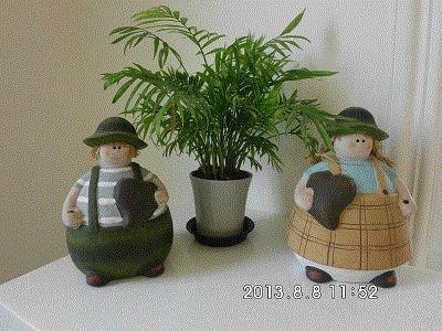 虎尾春子幼稚園(Spring Kid)環境介紹  --  家長休息室內的陳設及裝潢 --  躲在小角落裡的人偶