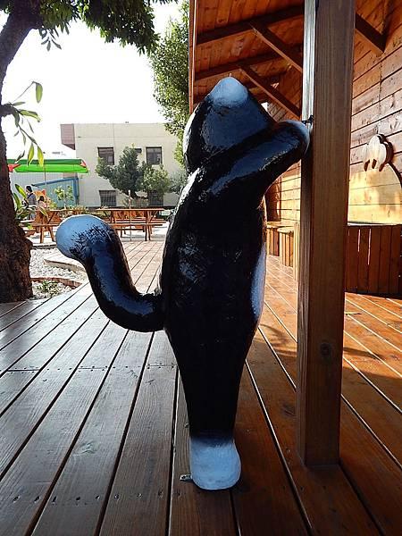 虎尾3D屋頂上的貓(頂溪社區貓公園)     農博(農業博覽會)亮點84介紹 (48)