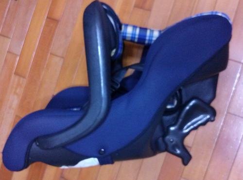 二手兒童安全座椅便宜賣  --  雲林 面交25
