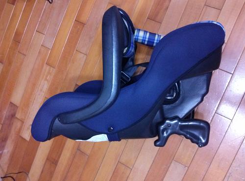 二手兒童安全座椅便宜賣  --  雲林 面交26