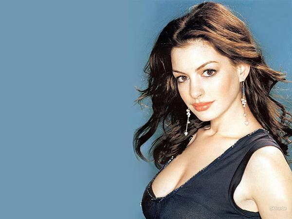 Anne Hathaway18.jpg