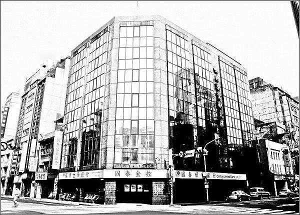 菊元百貨店遺址