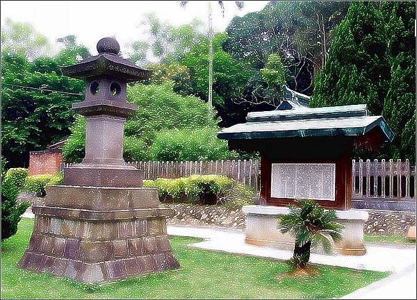 舊桃園神社石燈籠
