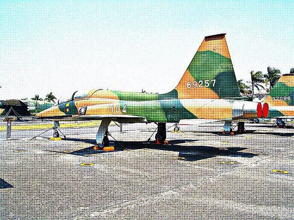 F-5B「自由鬥士」式戰鬥教練機