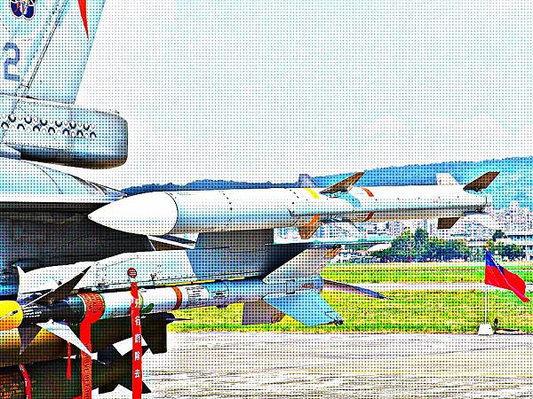 AIM-120C 先進中程空對空飛彈