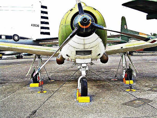 A-CH-1 中興號攻擊機