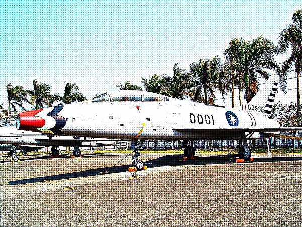 F-100F 超級軍刀式戰鬥教練機