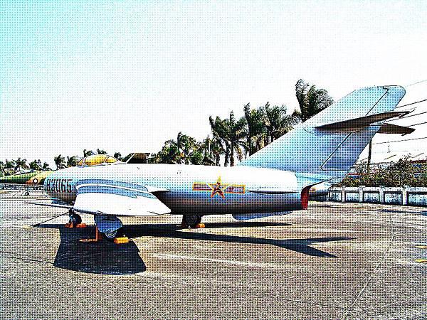 MiG-17 壁畫式戰鬥機