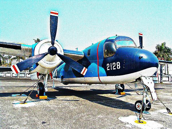 S-2E 追蹤者式反潛巡邏機