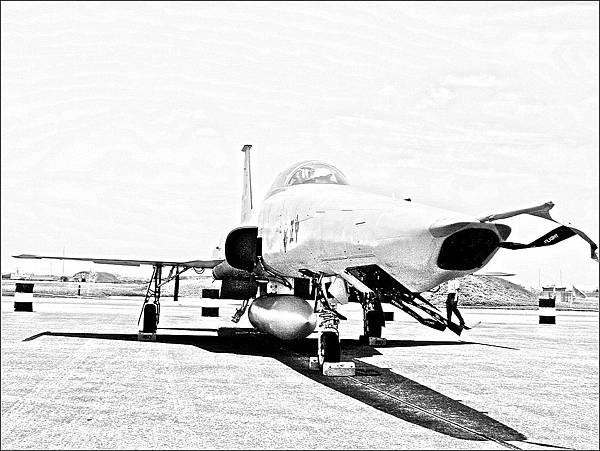 RF-5E 虎眼式戰鬥偵察機